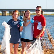 Thousands pick up trash in Alabama Coastal Cleanup